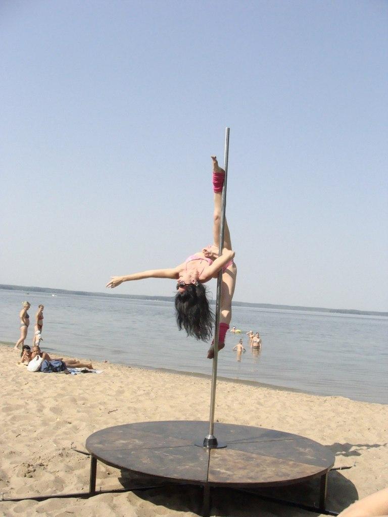 Купить/заказать конструкции для poledance, цирковые пилоны, китайские мачты.